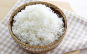 5 thực phẩm màu trắng mẹ bầu nên hạn chế ăn