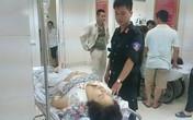 """""""Đặc nhiệm"""" 141 Hà Nội cứu một cô giáo bất tỉnh trong cơn mưa dông lớn"""
