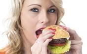 Những thói quen ăn uống làm hỏng vòng eo