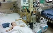 Một bé song sinh bị mẹ ép uống thuốc độc đã xuất viện