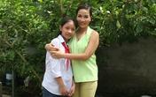 """Ca sĩ Mỹ Linh bất ngờ thu nhận """"đệ tử"""" là một bé gái nghèo"""