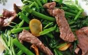 Cách xào thịt bò rau muống ngon đúng kiểu