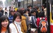 Xác minh vụ nữ sinh bị dàn cảnh theo trai để cướp trên xe buýt Hà Nội