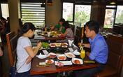 Khuyến mại lạ: Miễn phí đồ ăn cho khách tên Sơn, Thuý