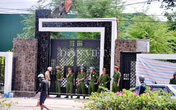 Vụ thảm án ở Bình Phước: Bé 18 tháng tuổi may mắn thoát nạn