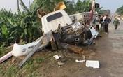 Gác chắn ngủ quên, tàu hỏa đâm ôtô khiến 2 người bị thương