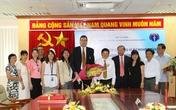 Bộ Y tế trao Kỷ niệm chương Vì sự nghiệp Dân số cho Trưởng đại diện UNFPA