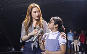 Mỹ Tâm hỗ trợ thí sinh Giọng hát Việt nhí trong đêm chung kết