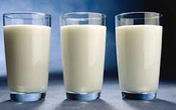 Uống sữa tách béo có thể giảm khả năng sinh sản