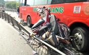 Ôtô tông hàng loạt người trên cầu vì tránh xe máy