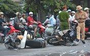 Có nên nhặt tiền của người chết ở đám tang, tai nạn giao thông?