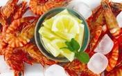 Ăn tôm xong uống vitamine C = thuốc độc?