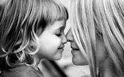Con làm vỡ gương và bài học ý nghĩa của người mẹ về lòng vị tha