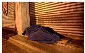 Dành trọn căn nhà 2 tầng giữa phố cho người vô gia cư ở đón Tết