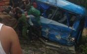 Tai nạn liên hoàn ở Hòa Bình, xe khách chở hàng chục người biến dạng