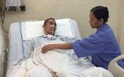 """Chàng trai mắc bệnh """"kinh dị"""" mất dần nội tạng đang hồi phục"""