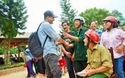 """MC Phan Anh có nên """"chạy theo"""" những thị phi sau khi làm từ thiện?"""