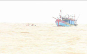 Lật tàu ở Cửa Gianh, 7 ngư dân rơi xuống sông