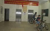 Chung cư có toilet cạnh thang máy: Đã kiểm tra, họp nhưng chưa giải quyết được