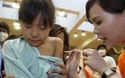 """Hàn Quốc: Phụ huynh nô nức đưa con đi tiêm """"mũi thông minh"""" để nâng cao thành tích thi cử"""