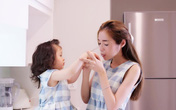 """""""Mục sở thị"""" ngày cuối tuần của Elly Trần bên con gái"""