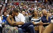 10 cái ôm vợ nồng nàn nhất của ông Obama trước đám đông
