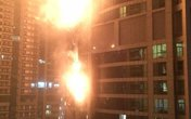 Thoát chết cháy nhờ buộc mình vào ban công tầng 48
