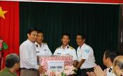 Lãnh đạo Tổng Cục DS - KHHGĐ: Thăm và tặng quà quân, dân Trường Sa