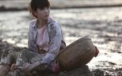 """""""Vòng eo 56"""" của Ngọc Trinh: Sự hiền lành, ngây thơ chỉ có ở... trên phim?!"""