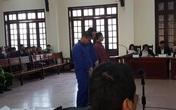 Tuyên án đối tượng xông vào bệnh viện đâm chết người vì say xỉn