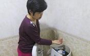 """Xí nghiệp nước sạch nói gì về """"nước có giun"""" ở chung cư cao cấp?"""