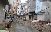 Hà Nội: Hãi hùng con đường khi nắng mùi nồng nặc, mưa biến thành sông