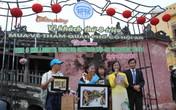 Việt kiều Mỹ trở thành du khách thứ 8 triệu mua vé tham quan phố cổ Hội An