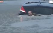 Mưa lũ lịch sử, dân chết chìm trong ôtô ở Houston