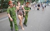 Nữ du khách bơi giữa hồ Hoàn Kiếm có biểu hiện bất thường