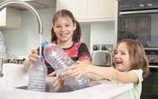 Thói quen khi sử dụng nước đóng chai khiến nhiều người tự rước nguy cơ ung thư cho mình