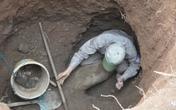 Đào giếng phát hiện quả bom khủng 250kg
