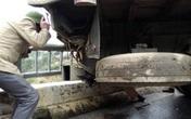 Xe tải mất lái đâm trung tá CSGT tử vong