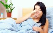 Điều gì xảy ra nếu bạn uống nước trước khi ngủ?