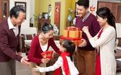 Ngại về quê ngoại ăn Tết vì không có tiền mừng tuổi bố mẹ, họ hàng