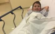 Tai nạn kinh hoàng: Bé trai 5 tuổi bị mất một ngón chân vì mắc vào thang cuốn