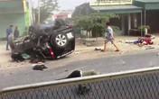 Xe 7 chỗ tông xe máy, 2 người chết, 2 người bị thương nặng