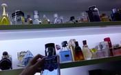 La liệt các loại nước hoa nổi tiếng 'rẻ như bèo' công khai bày bán