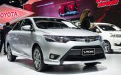 Toyota Vios giảm xuống dưới 500 triệu: Các đại lý gây sốt