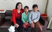 Gia cảnh xót xa của hai bé gái người Mông mồ côi cha