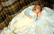 Kiên quyết nhận nuôi đứa trẻ bị người đời hắt hủi để rồi 20 năm sau, mẹ nhận cái kết đầy nước mắt