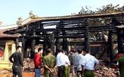 Đình cổ hơn 300 năm bất ngờ bốc cháy nghi ngút
