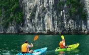 Vì sao Quảng Ninh dừng dịch vụ kayak rất được du khách ưa thích trên Vịnh Hạ Long?