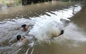 Quảng Ninh: Trượt chân xuống hồ, hai chị em ruột chết thảm