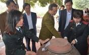 Truy lùng rượu độc, Hà Nội bắt quả tang 200 lít rượu không nhãn mác